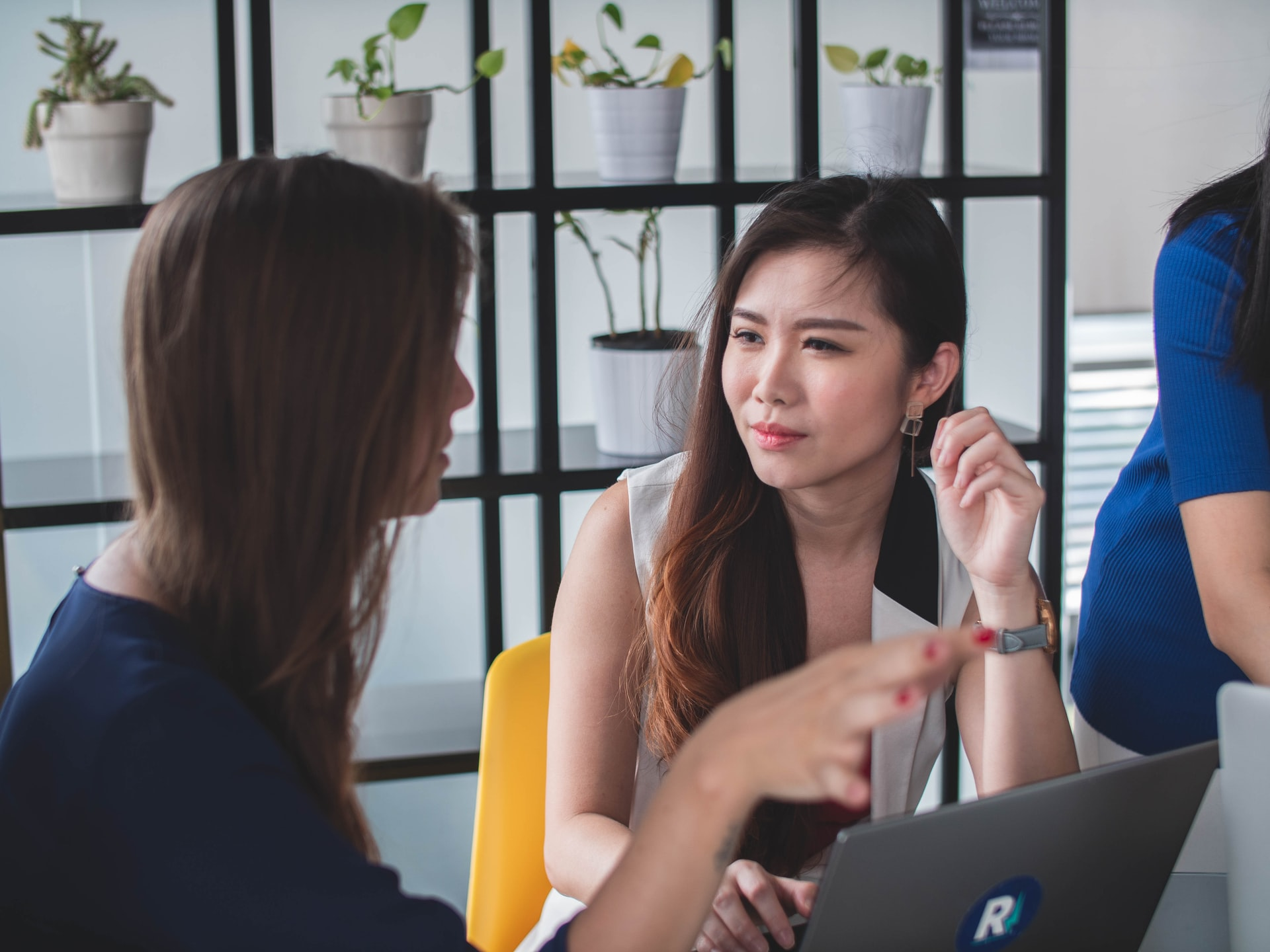 5 Tips to Enhance Leadership Listening (and Why It Matters)